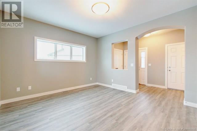 154 Hampton Close, Penhold, Alberta  T0M 1R0 - Photo 10 - CA0185050