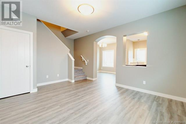 154 Hampton Close, Penhold, Alberta  T0M 1R0 - Photo 12 - CA0185050