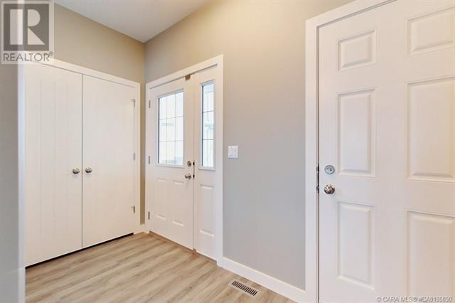 154 Hampton Close, Penhold, Alberta  T0M 1R0 - Photo 14 - CA0185050