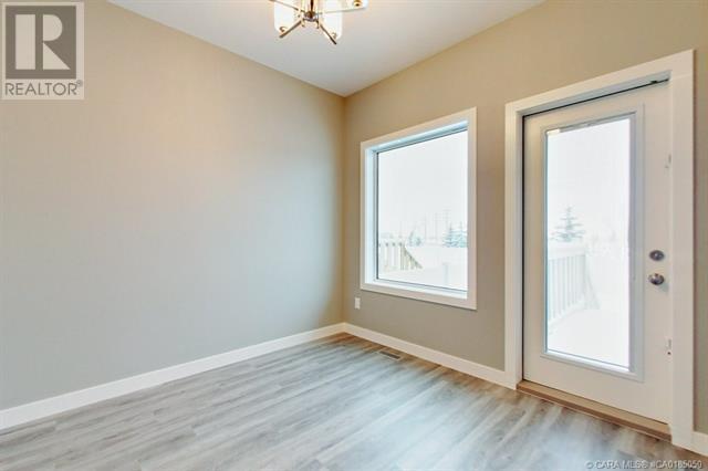 154 Hampton Close, Penhold, Alberta  T0M 1R0 - Photo 2 - CA0185050