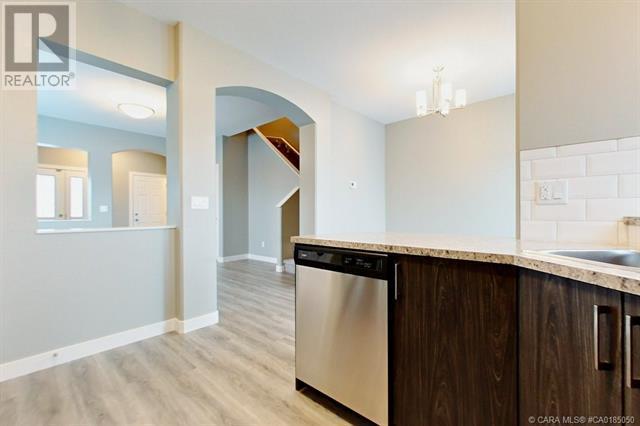 154 Hampton Close, Penhold, Alberta  T0M 1R0 - Photo 7 - CA0185050