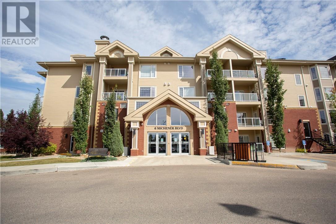 127 6 Michener Boulevard, Red Deer, Alberta  T4P 0K5 - Photo 1 - ca0185935