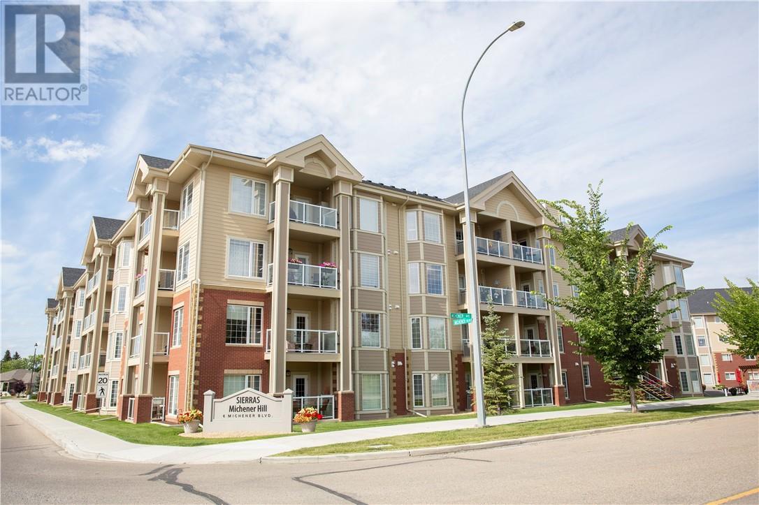 127 6 Michener Boulevard, Red Deer, Alberta  T4P 0K5 - Photo 2 - ca0185935