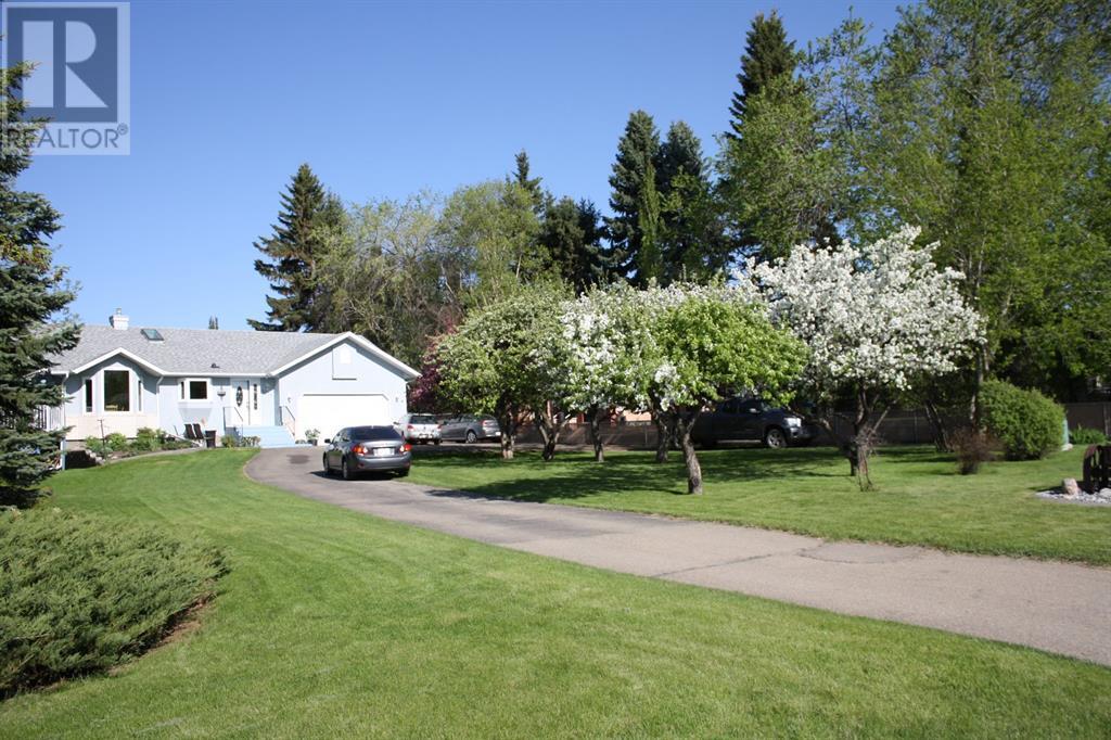 5636 58 Street, Lacombe, Alberta  T4L 1R3 - Photo 1 - CA0193077