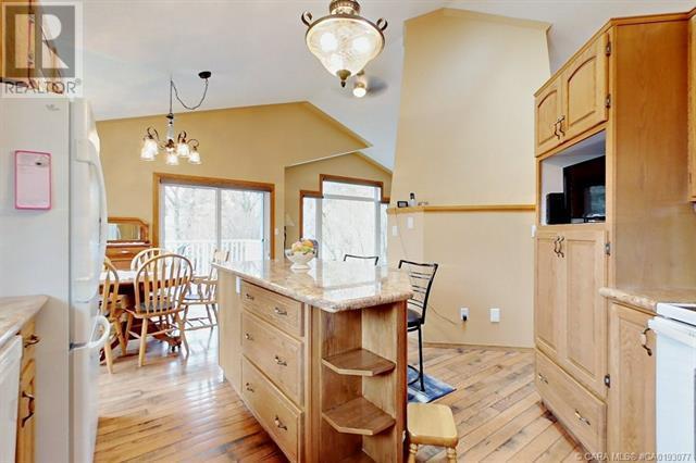 5636 58 Street, Lacombe, Alberta  T4L 1R3 - Photo 10 - CA0193077