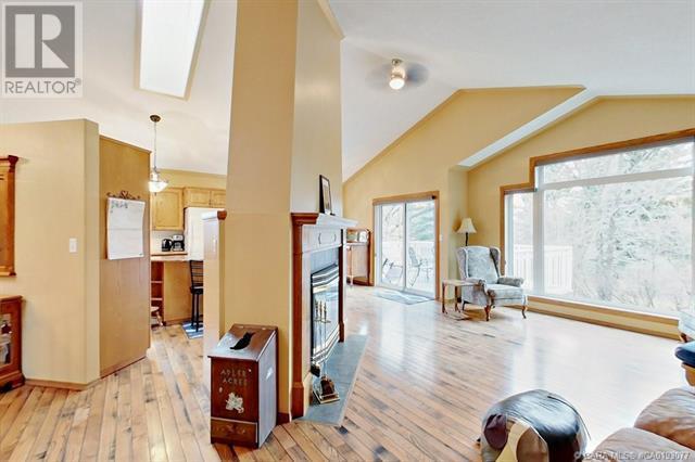 5636 58 Street, Lacombe, Alberta  T4L 1R3 - Photo 15 - CA0193077