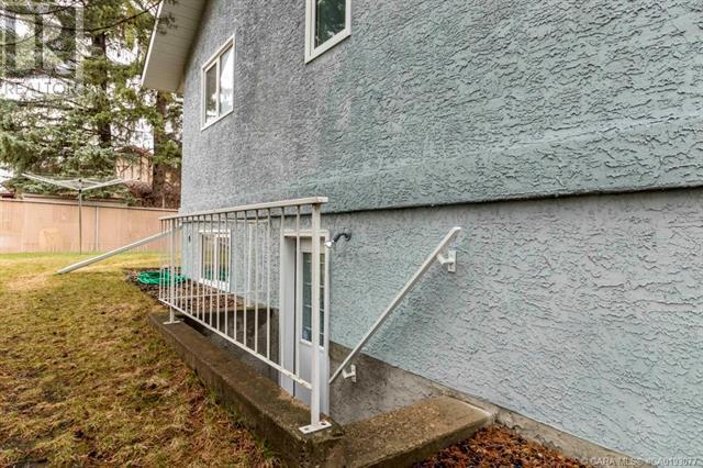 5636 58 Street, Lacombe, Alberta  T4L 1R3 - Photo 44 - CA0193077