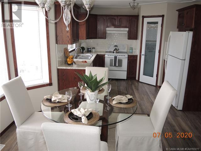 3939 50 Avenue, Sylvan Lake, Alberta  T4S 1B7 - Photo 14 - CA0193277