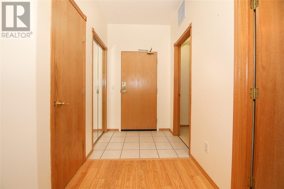 330 4512 52 Avenue, Red Deer, Alberta  T4N 7B9 - Photo 8 - ca0194101